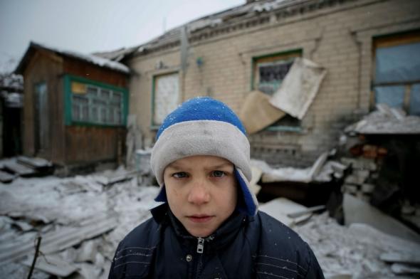 ucrania-guerra-ni-os-985x656